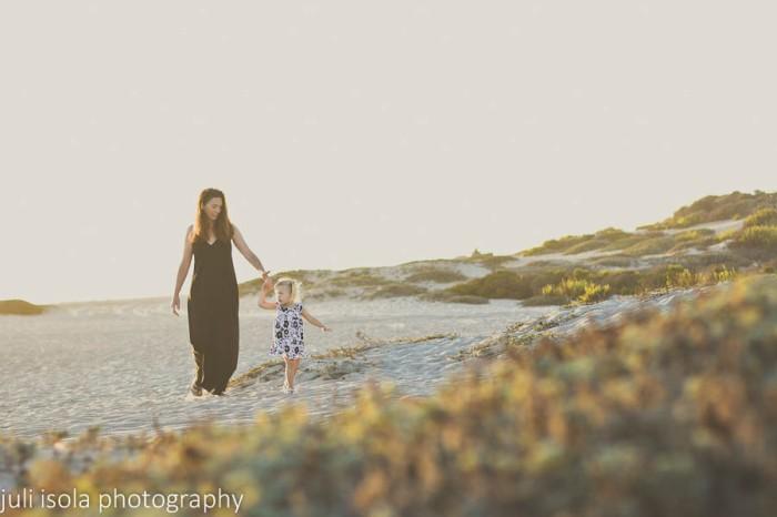 isola week 1 mother daughter